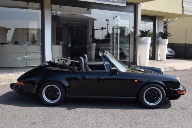 PORSCHE 911 SC 3.0 Cabriolet Immagine 2