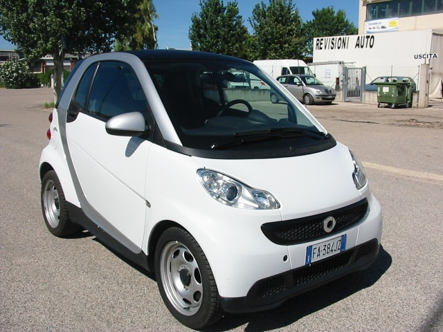 SMART ForTwo 1.0 45 kw Immagine 2