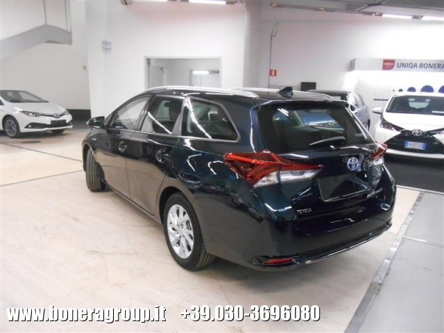 TOYOTA Auris Touring Sports 1.8 Hybrid Active MY15 Immagine 4