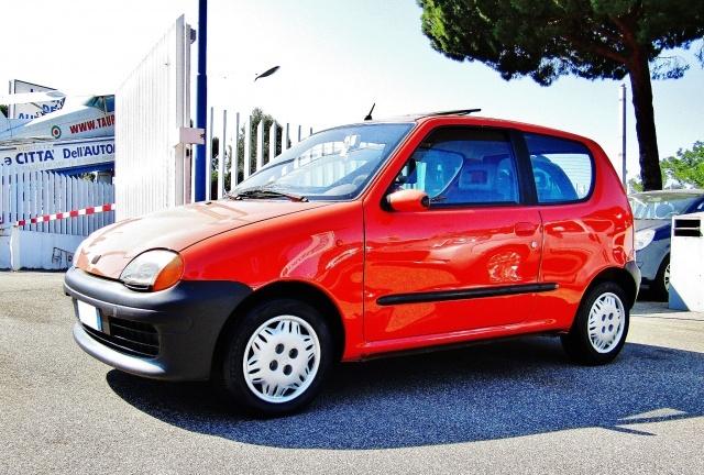 FIAT Seicento 1.1i cat Suite (TETTUCCIO PANORAMA) Immagine 1