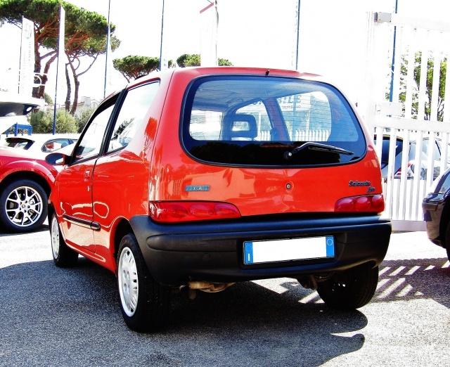 FIAT Seicento 1.1i cat Suite (TETTUCCIO PANORAMA) Immagine 2