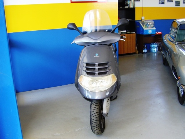 OTHERS-ANDERE OTHERS-ANDERE SCOOTER PIAGGIO HEXAGON LXT CC.180 Immagine 1