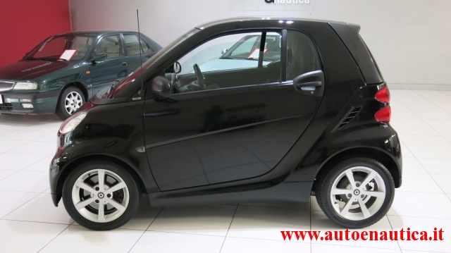SMART ForTwo 1000 52 kW MHD coupé pulse Immagine 2