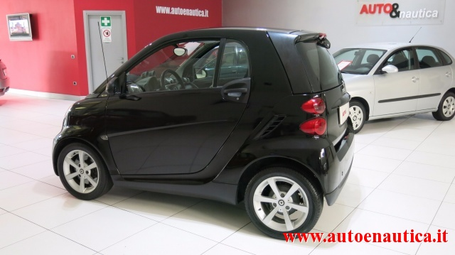 SMART ForTwo 1000 52 kW MHD coupé pulse Immagine 3