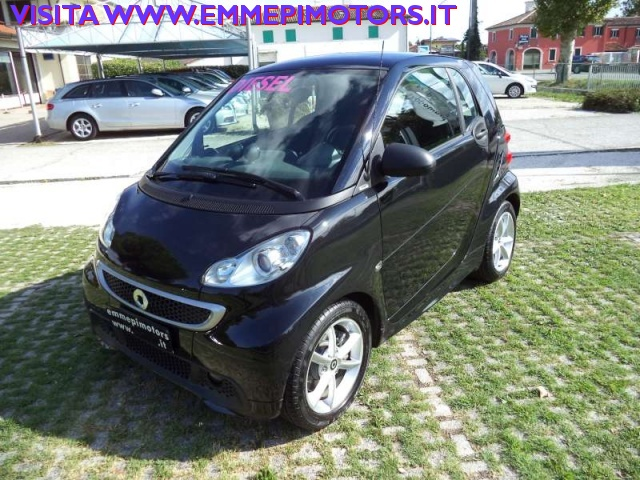 SMART ForTwo 800 40 kW coupé pulse cdi Immagine 0