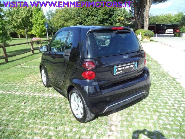 SMART ForTwo 800 40 kW coupé pulse cdi Immagine 3