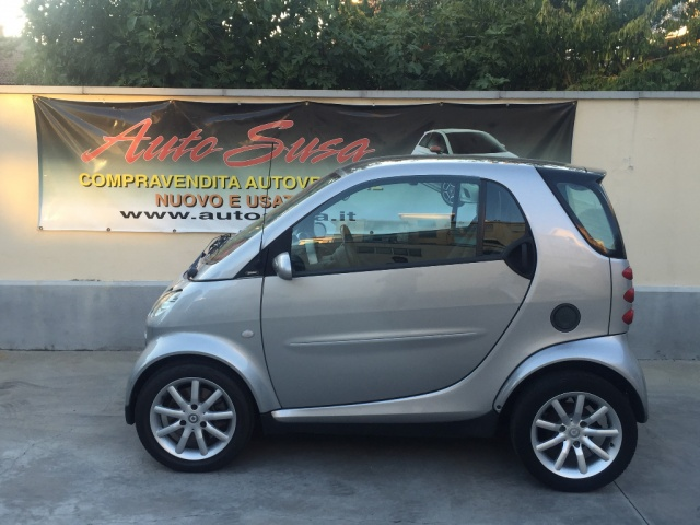 SMART ForTwo 700 coupé passion (45 kW) Immagine 1