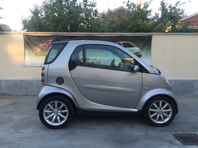 SMART ForTwo 700 coupé passion (45 kW) Immagine 3