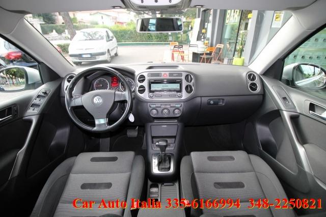 VOLKSWAGEN Tiguan 2.0 16V TDI DPF tiptronic Sport & Style UNICOPROPR Immagine 2