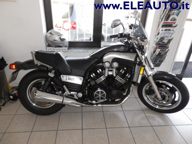 MOTOS-BIKES Yamaha V-MAX 1200 CARBON 140CV Immagine 1