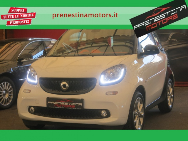 SMART ForTwo 70 1.0 Passion Immagine 0