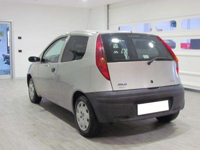 FIAT Punto VAN 1.9 DIESEL 60CV 3P Immagine 1