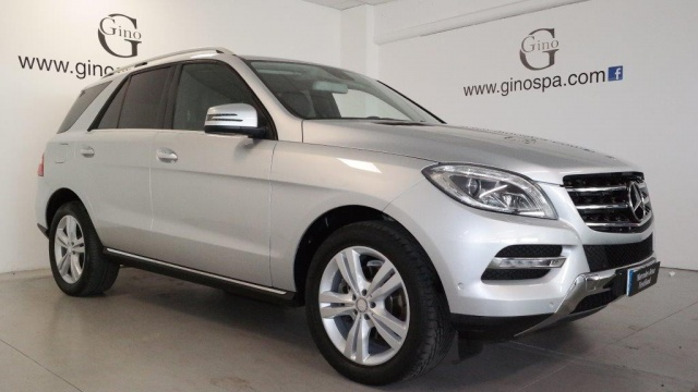 MERCEDES-BENZ ML 250 BlueTEC 4Matic Sport Immagine 1