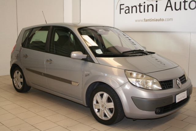 RENAULT Scenic 1.6 16V Luxe Dynamique GPL AUTOMATICA. Immagine 1