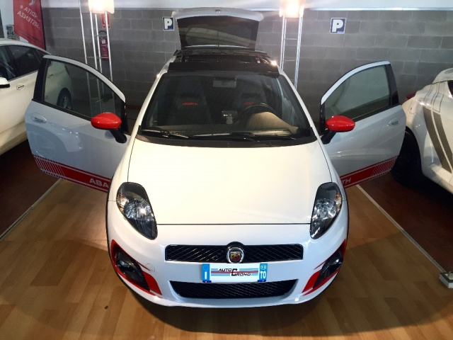 ABARTH Grande Punto SUPERSPORT - SABELT - SKY DOME 180CV Immagine 4