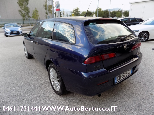 ALFA ROMEO 156 1.9 JTD Sportwagon Exclusive Immagine 4