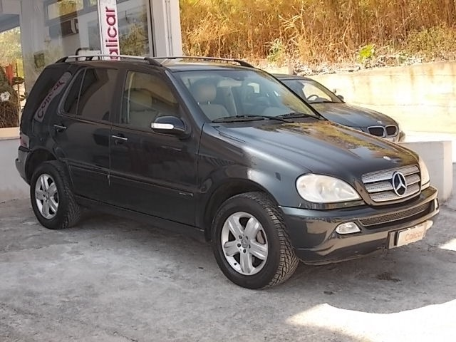 MERCEDES-BENZ ML 270 turbodiesel cat CDI SE Leather Immagine 1