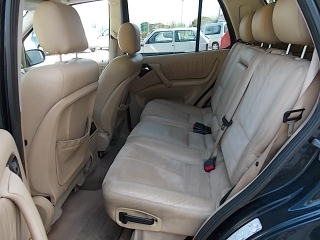 MERCEDES-BENZ ML 270 turbodiesel cat CDI SE Leather Immagine 4