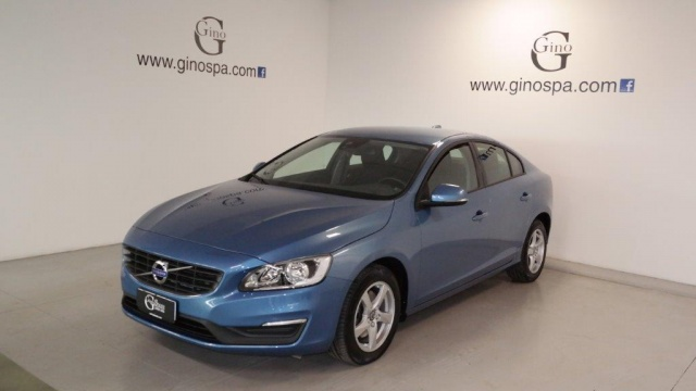 VOLVO S60 D4 Geartronic Business Immagine 0