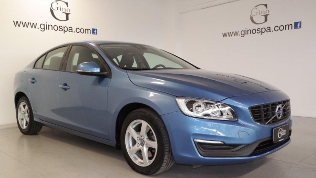 VOLVO S60 D4 Geartronic Business Immagine 1
