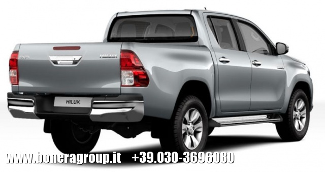 TOYOTA Hilux 2.4 D-4D A/T 4WD Double Cab Lounge MY16 Immagine 2