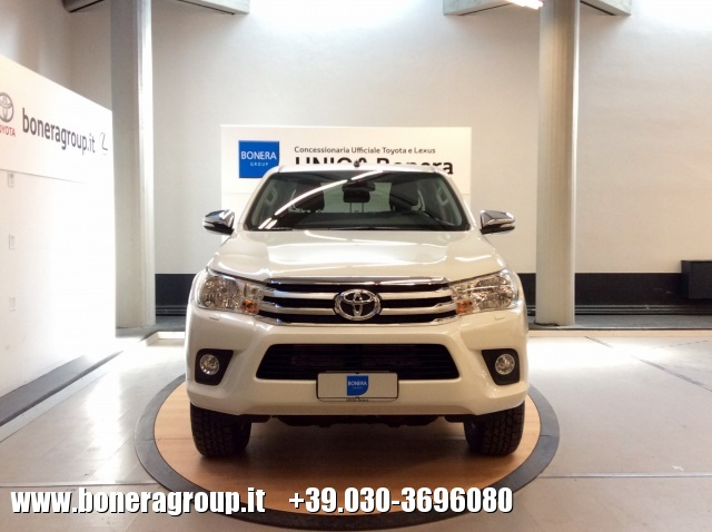 TOYOTA Hilux 2.4 D-4D 2WD Double Cab Lounge MY16 Immagine 1