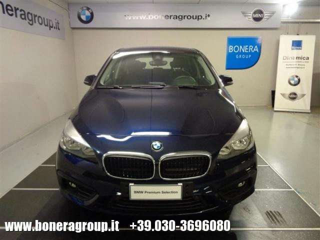 BMW 220 d xDrive Active Tourer Advantage aut. Immagine 2
