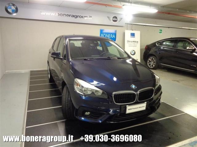 BMW 220 d xDrive Active Tourer Advantage aut. Immagine 3