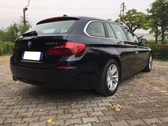 BMW 525 ( 2.0) d xDrive Touring Business Automatica  4x4 Immagine 2