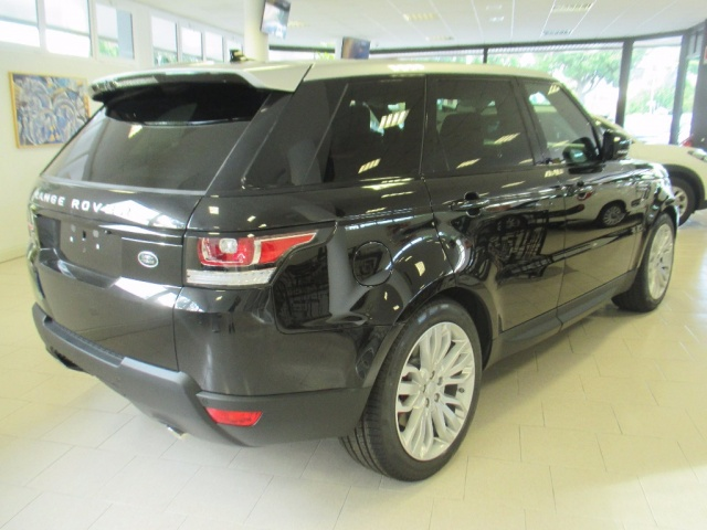LAND ROVER Range Rover Sport 3.0 SDV6 HSE Dynamic Immagine 4