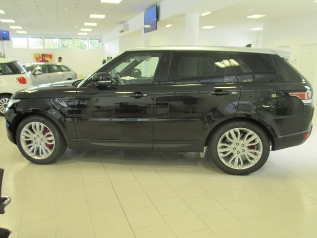 LAND ROVER Range Rover Sport 3.0 SDV6 HSE Dynamic Immagine 2