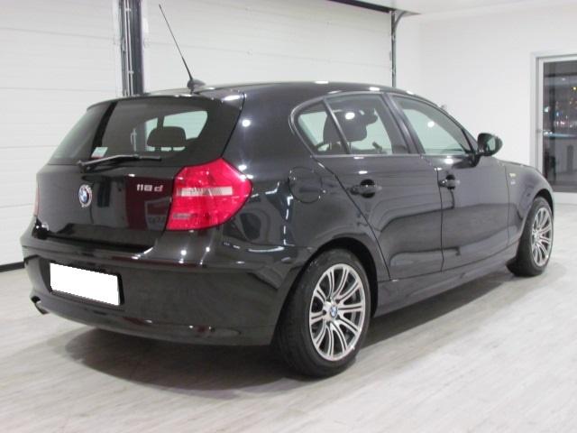 BMW 118 D ELETTA STEPTRONIC SPORT 143CV 5P Immagine 2