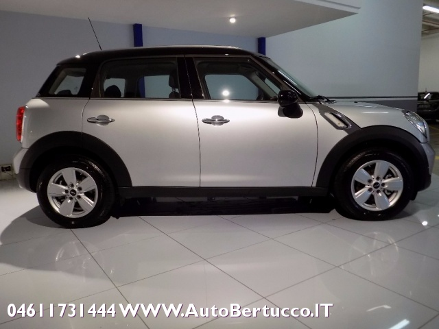 MINI Countryman Mini Cooper D Countryman Immagine 4