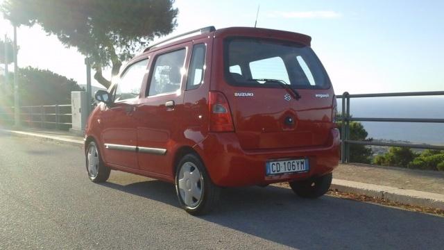 SUZUKI Wagon R+ 1.3i VVT 16V cat 4x4 GL Immagine 4