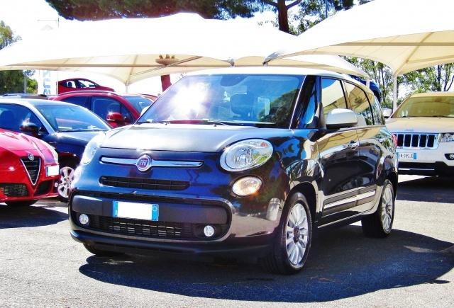 FIAT 500L Living 1.6Multijet 120CV Lounge (SENSORI)(BICOLORE Immagine 1