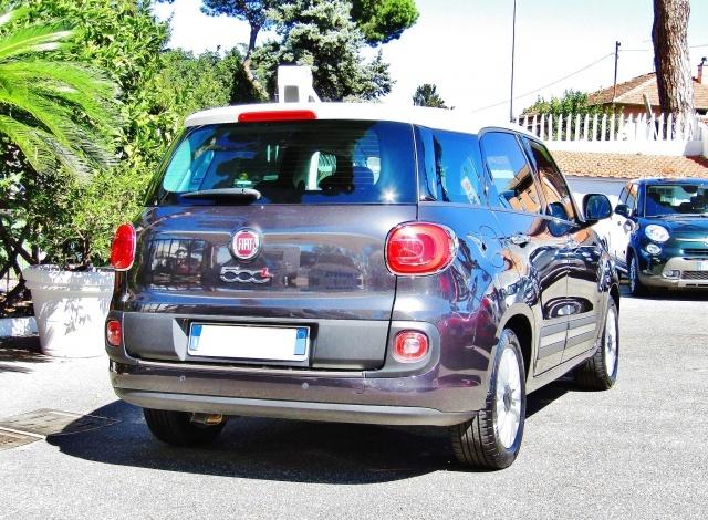 FIAT 500L Living 1.6Multijet 120CV Lounge (SENSORI)(BICOLORE Immagine 3