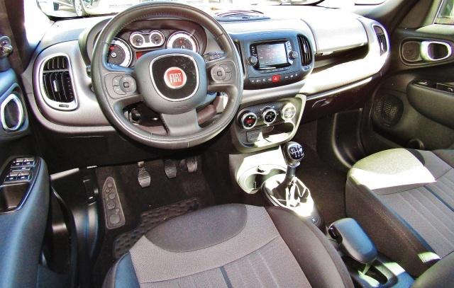FIAT 500L Living 1.6Multijet 120CV Lounge (SENSORI)(BICOLORE Immagine 4