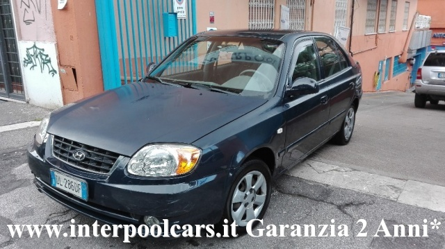 HYUNDAI Accent 1.3i 12V cat 5 porte GLS Plus Immagine 2