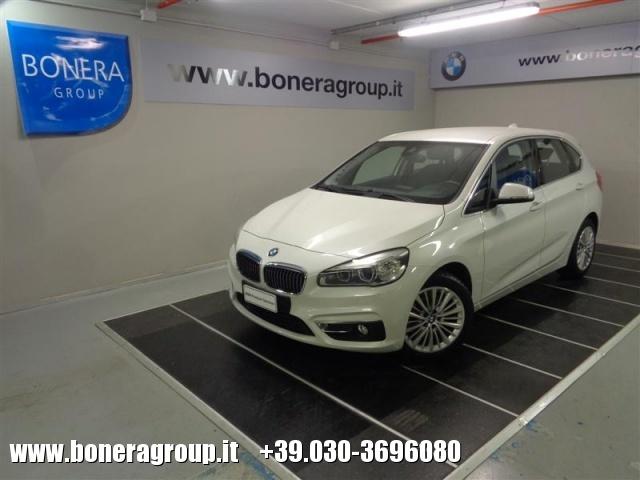 BMW 216 d Active Tourer Luxury - DOPPIO TRENO GOMME Immagine 0