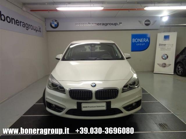 BMW 216 d Active Tourer Luxury - DOPPIO TRENO GOMME Immagine 2