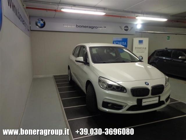 BMW 216 d Active Tourer Luxury - DOPPIO TRENO GOMME Immagine 3