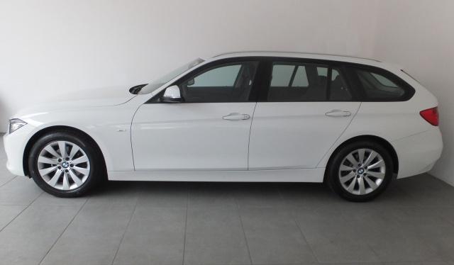 BMW 320 d Touring Modern Immagine 4