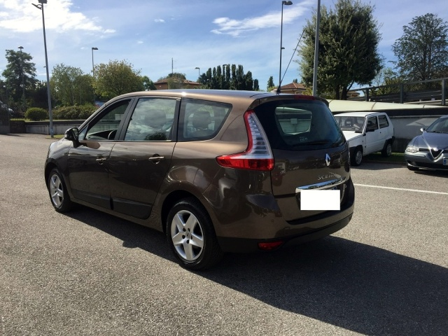 RENAULT Scenic GRAND SCENIC 7 POSTI, 1.5 DCI NAVI, FULL OPTIONAL Immagine 4