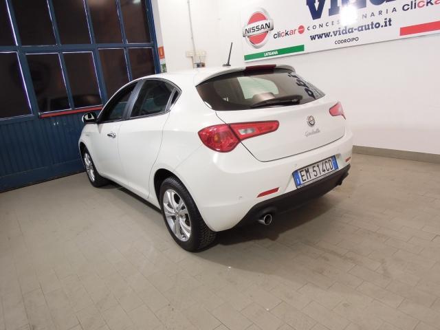 ALFA ROMEO Giulietta 2.0 JTDm-2 140 CV Distinctive*BLUE&ME* Immagine 3