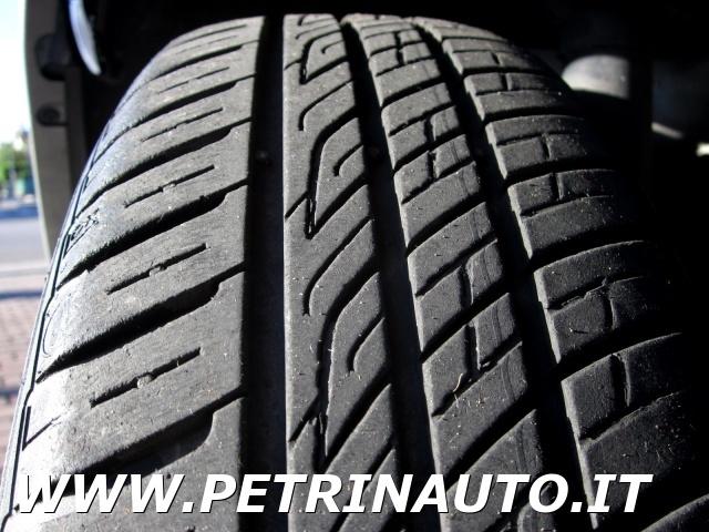 FIAT Punto Classic 1.2 5 porte Active Natural Power METANO Immagine 1