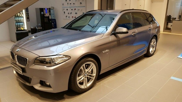 BMW 525 d xDrive Touring Msport Immagine 0