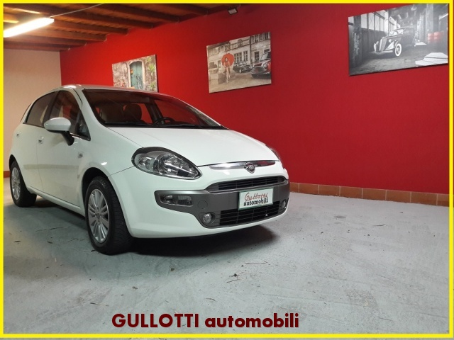 FIAT Punto Evo 1.3 Mjt 75 CV 5p Blue&Me EURO5 Immagine 0