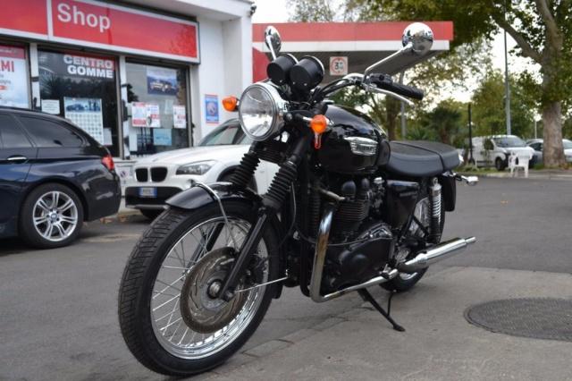 TRIUMPH Bonneville T100 2o12 euro3 Completamente originale Immagine 0