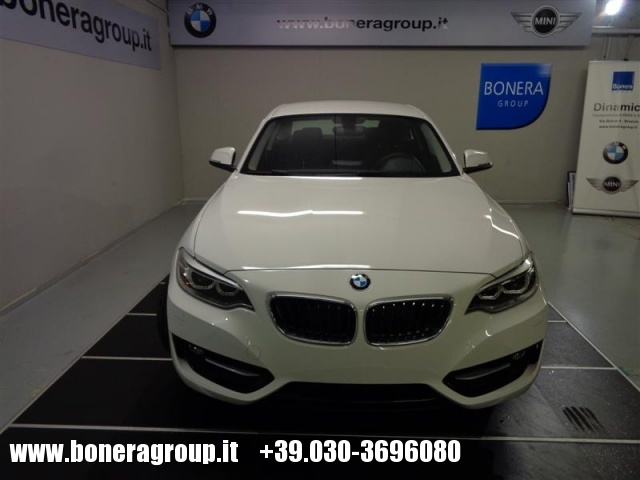 BMW 218 d Coupé Sport Immagine 1
