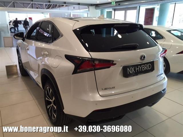 LEXUS NX 300h Hybrid 4WD FSport Immagine 1